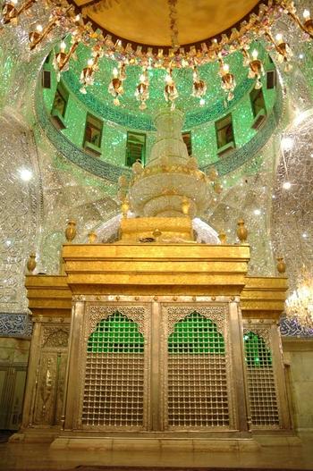 imam-hussein-shrine-c-waqar-bukhari