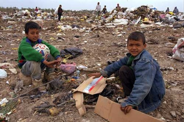 https://goatmilk.files.wordpress.com/2009/02/gaza-children-looking-for-food-in-a-garbage_7333.jpg?resize=600%2C399